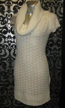 Туника-платье Stradivarius белый